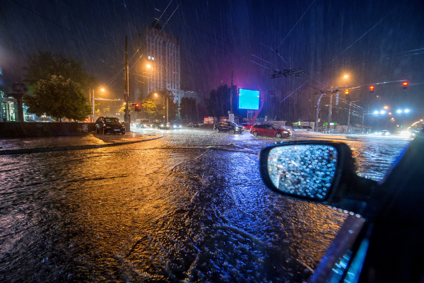 What to do if your car is caught in a flash flood